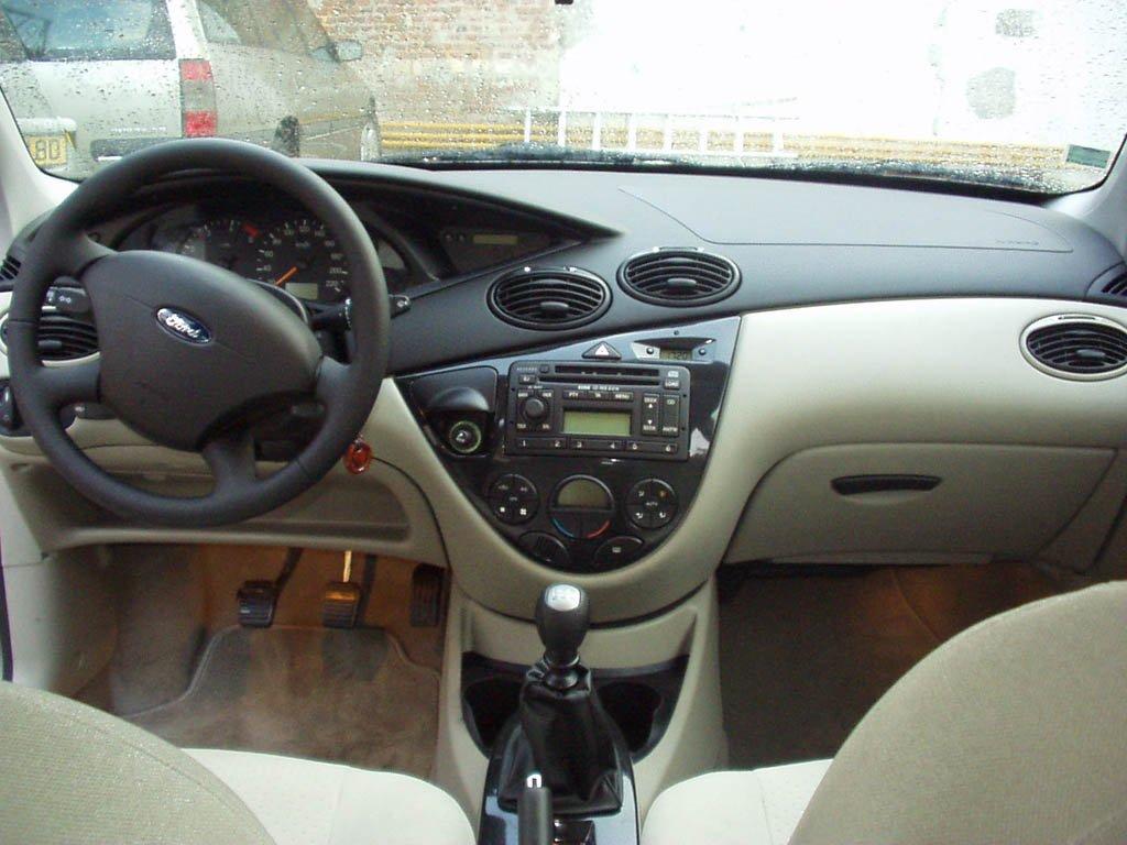 Les amis de la focus afficher le sujet les focus i for Ford focus 2006 interieur